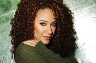 5 Tips for Going Curly Girl